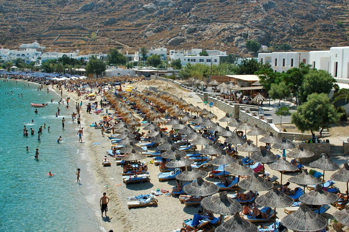Best Island Beaches For Partying Mykonos St Barts: Mykonos Psarou Beach
