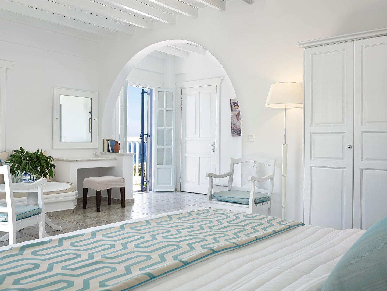 San marco hotel and villas mykonos for Best boutique beach resorts